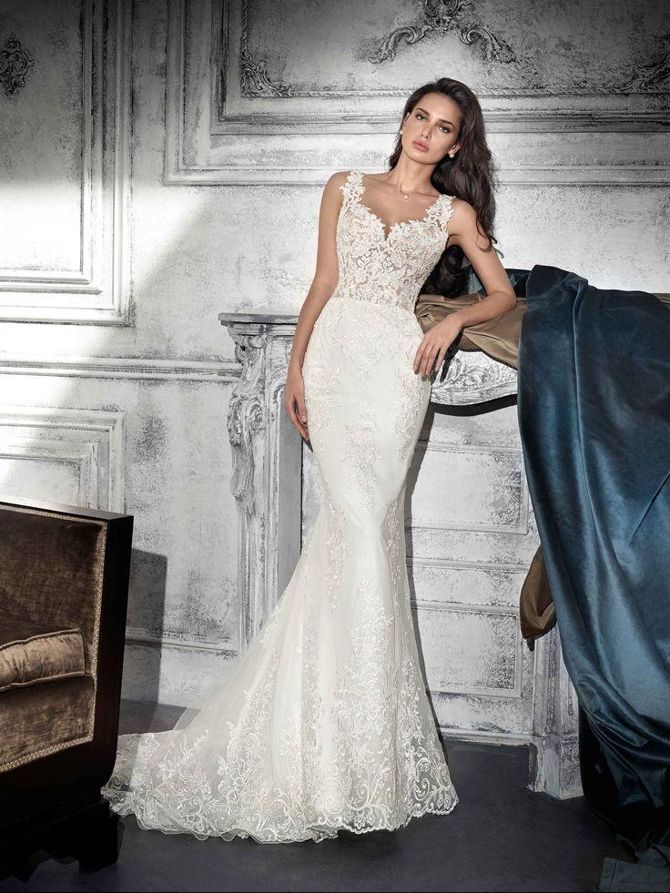 mujer con un vestido de novia